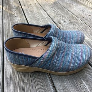 Dansko like new rainbow fabric clog